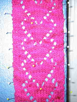 Heart_scarf_closeup